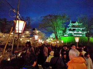 日本三大夜桜 上越市 高田城百万人観桜会 内堀からの高田城風景写真