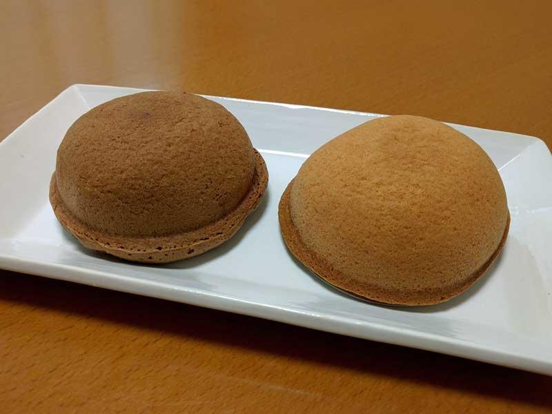 菜菓亭 しふぉんか(左:チョコレート 右:カスタード)