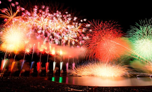 柏崎市民一同 ぎおん柏崎まつり海の大花火大会