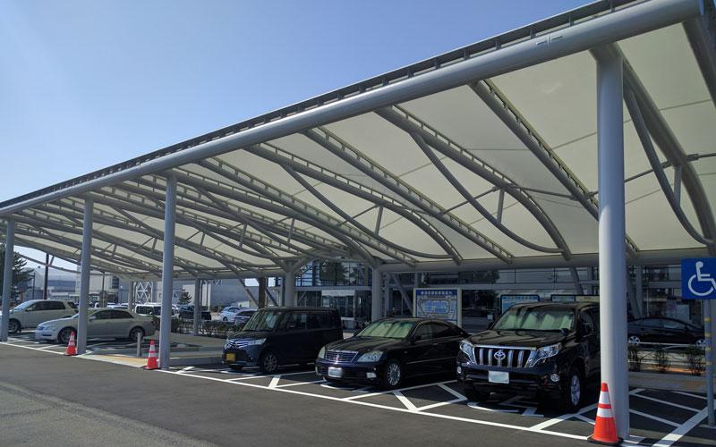 新潟空港ルーフ駐車場(国内線側)