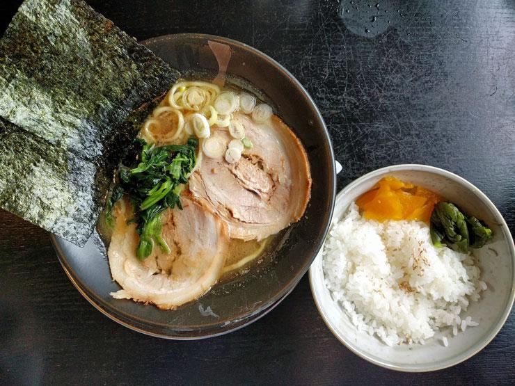 麺や武吉兆 ラーメンライス