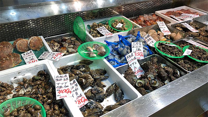 岩船港鮮魚センター_新鮮な貝類